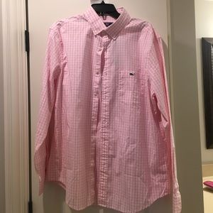 NWT classic tucker shirt from Vineyard Vines